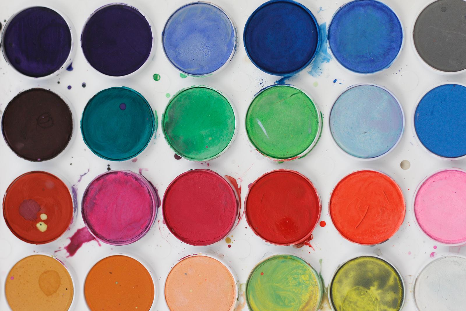 pinturas y productos auxiliares